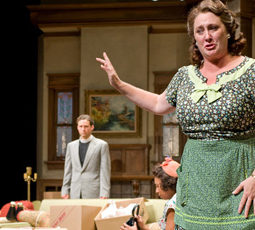 Kirsten Fitzgerald Act 1 housewife Clybourne Park Steppenwolf 2011 featured