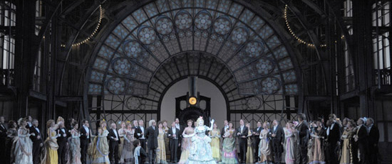 Contes d'Hoffmann Spalazani home Lyric Opera of Chicago 2011