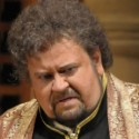 Johan Botha as Otello in Verdi's 'Otello' at Lyric Opera of Chicago 10-2013 (Dan Rest)