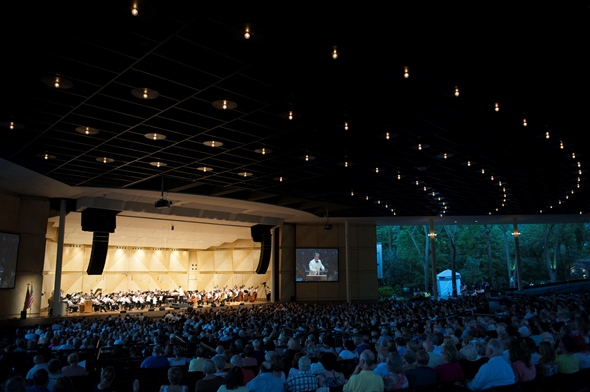 Ravinia Festival concert in the pavilion. (Courtesy Ravinia Festival)
