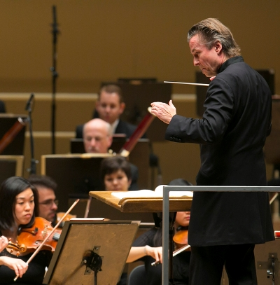 Esa-Pekka Salonen conducts the Chicago Symphony Orchestra on a regular basis. (Todd Rosenberg)