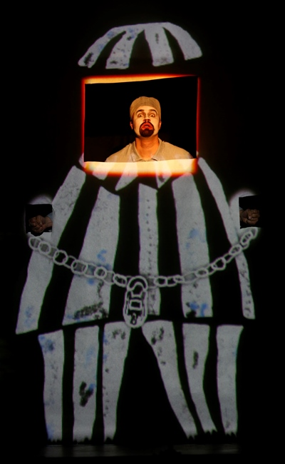 The clever girl's imprisoned father (David Govertsen) appears before the King in Orff's opera. (Liz Lauren)
