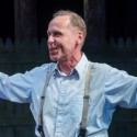 Chuck Spencer plays a man with a heavy conscience in Arthur Miller's 'All My Sons' at Raven Theatre. (Dean LaPrairie)