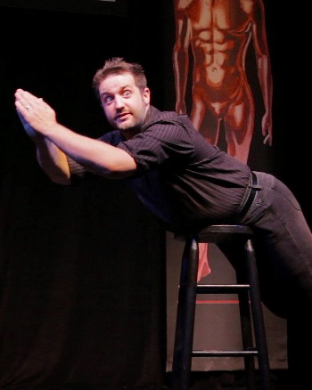 Peter Story stars in the one-man comedy 'Men Are From Mars, Women Are From Venus.' (Courtesy Broadway in Chicago)