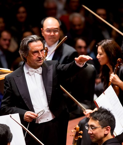 Riccardo Muti acknowledges members of the CSO after a performance of 'La Mer' in Luxembourg. (Todd Rosenberg)