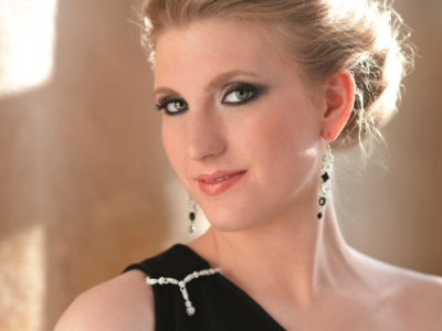 Ryan alum Amanda Majeski will star in both 'Figaro' and 'Rosenkavalier' at the Lyric in 2015-16. (Dario Acosta)