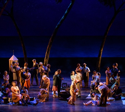 The clambake scene in 'Carousel,' Lyric Opera of Chicago. (Robert Kusel)
