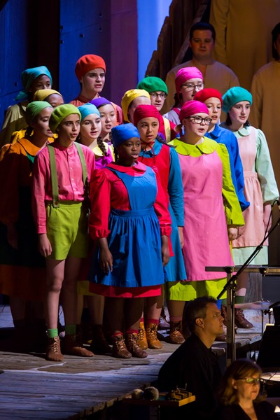 The Brooklyn Youth Chorus shone vocally -- and offered a bright visual presence as well. (Chris Lee)