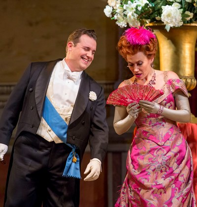 Camille (Michael Spyres) presses his lyrical seduction of the married Valencienne (Heidi Stober). (Todd Rosenberg)