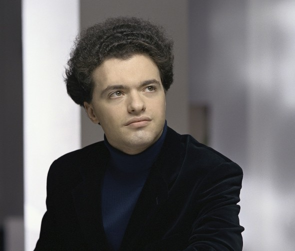 Yevgeny Kissin played the Tchaikovsky Piano Concerto No. 1, then offered three encores in the one-night-only Chicago Symphony event. (Sheila Rock)