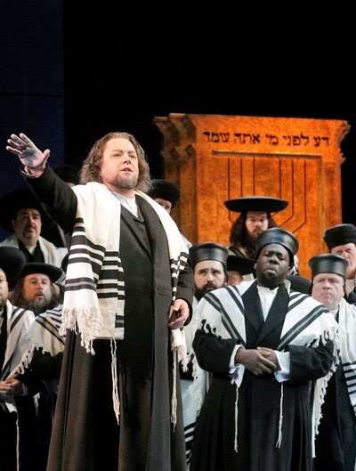 Dmitry Belosselskiy us Zaccaria in 'Nabucco' at Lyric Opera Chicago (Cory Weaver)