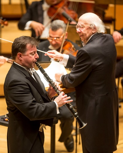 CSO principal clarinet Stephen Williamson collaborated with Rozhdestvensky on Mozart's concerto. (Todd Rosenberg)