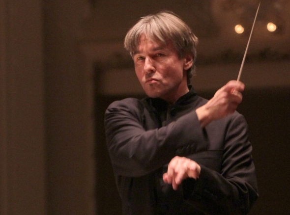 Esa-Pekka Salonen led the CSO in a program of exceptional range. (Dan Rest)