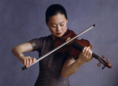 Violinist Midori will organize an evening of chamber music at Ravinia. (©Timothy Greenfield-Sanders)