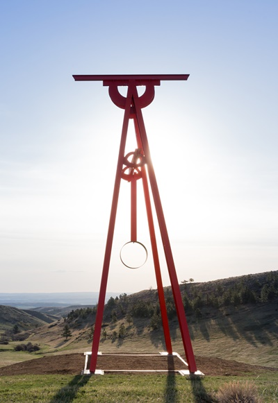 Mark Di Suvero's sculpture 'Proverb' rises above the Montana landscape. (Erik Peterson)