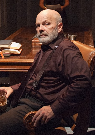 Henry VIII (Steve Pickering) cedes authority only to God. (Lara Goetsch)