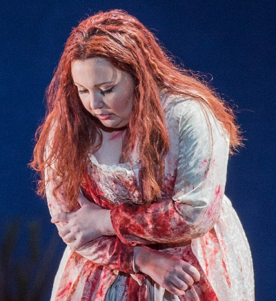 lucia-albina-shagimuratova-murderously-mad-onstage-at-the-lyric-andrew-cioffi