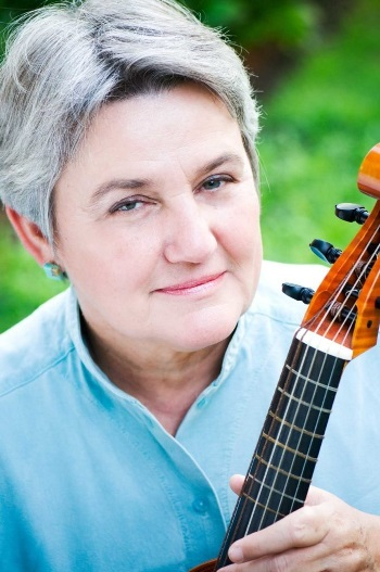 Mary Springfels was the concert's most compelling instrumentalist.