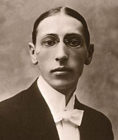 "The CSO plays Stravinsky's ""Le sacre du printemps"" and ""Petrouchka"" on consecutive weekends."