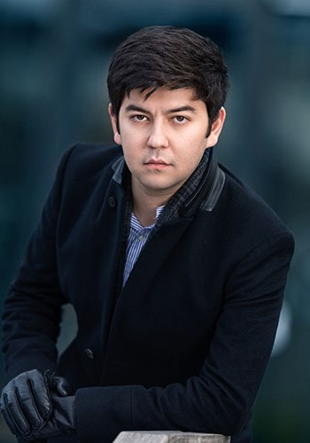 Pianist Behzod Abduraimov presents a recital and solos with the Lucerne Symphony Orchestra.