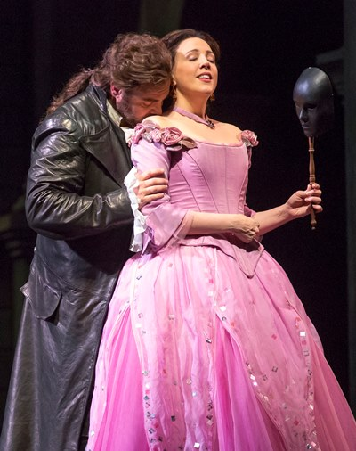 Susanna Philllips, with tenor Joseph Calleja, sang Gounod's Juliette at the Lyric Opera in 2016. (Todd Rosenberg)