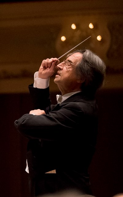 Muti captured both the grandeur and the intimacy of Bruckner's Fourth Symphony. (Todd Rosenberg)