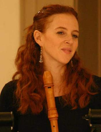 Daphna Mor brought mesmerizing artistry on recorder and shawm.