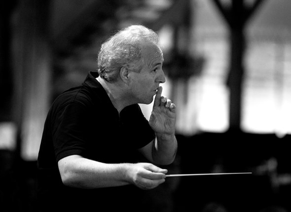 Conductor Manfred Honeck: Mahler's tumultuous Fifth Symphony on a personal scale.