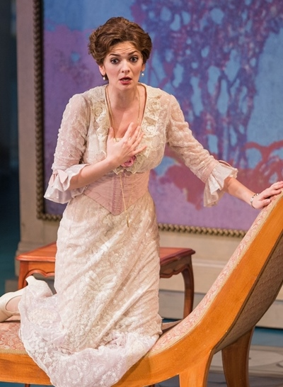 Dorabella (Marianne Crebassa) contemplates the temptation of a new suitor. (Andrew Cioffi)