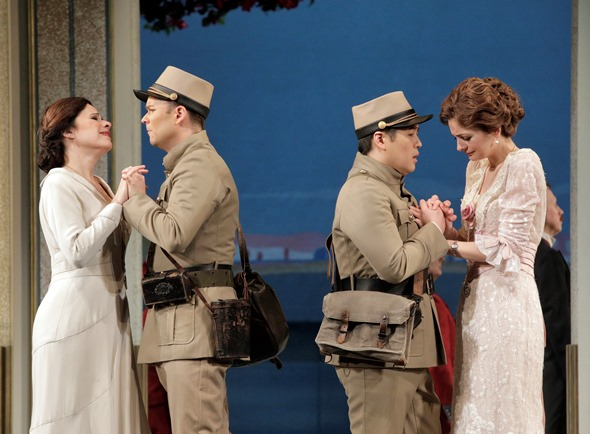 Guglielmo (Joshua Hopkins, left) and Ferrando (Andrew Stenson) make their phony farewells to Fiordiligi (Ana Maria Martinez) and Dorabella (Marianne Crebassa).